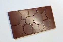BUBBLE. MILK CHOCOLATE 38% PRALINE
